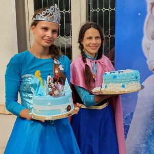 petreceri Zumbi Anna si Elsa